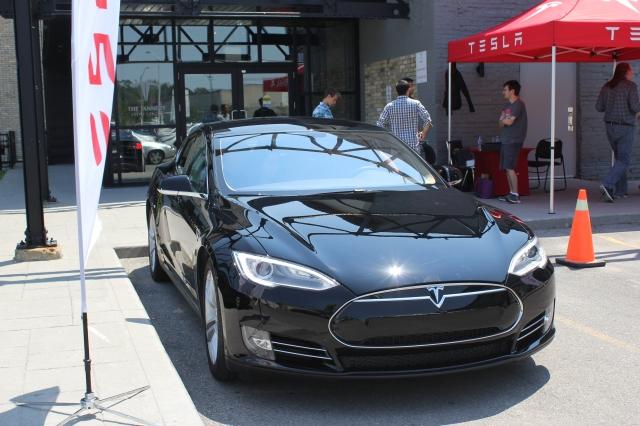 Tesla 60S